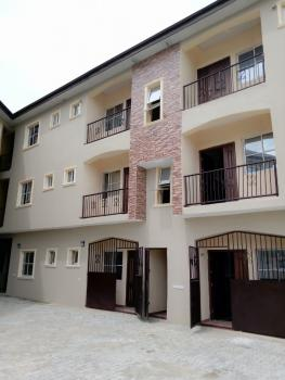 Magnificent Standard 2 Bedroom Flat, Before Novare Mall Lekki., Lekki Phase 2, Lekki, Lagos, Flat for Rent