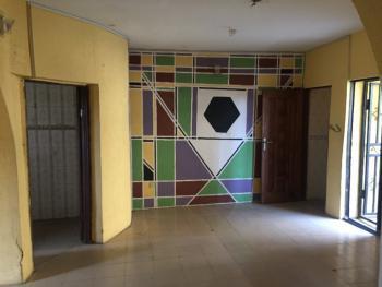 Decent 3 Bedrooms Flat in Good Condition, Ooayinka Jumbo Street Beach Road Ebute, Ebute, Ikorodu, Lagos, Flat for Rent
