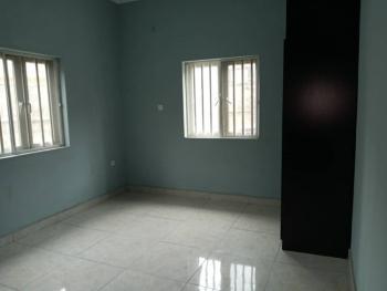 Spacious 3 Bedroom Flat, Saint Agnes, Yaba, Lagos, Flat for Rent