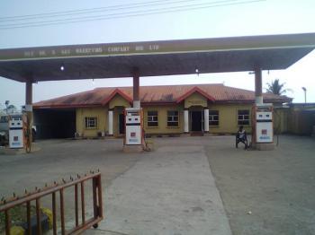 Filling Station, Showboy Area, Benin-ore Expressway Odigbo Ondo., Odigbo, Ondo, Filling Station for Sale
