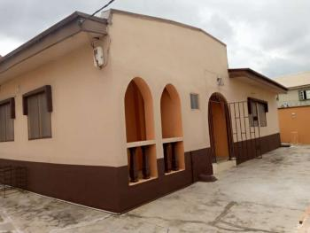 3 Bedroom Flat, Otedola Estate, Omole Phase 2, Ikeja, Lagos, Detached Bungalow for Rent