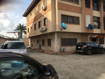 3 Bedroom Flat, Sabo, Yaba, Lagos, Flat for Rent