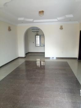 a Tastefully Finished Servived 3 Bedroom Flat, Wuye District, Wuye, Abuja, Flat / Apartment for Rent