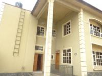 Decent 3 Bedroom Flat With Private Compound With Boys Quarters, Gra, Magodo, Lagos, 3 Bedroom, 4 Toilets, 3 Baths Flat / Apartment For Rent