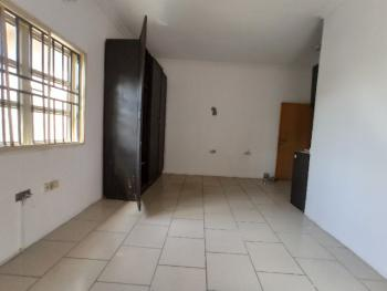 Self-contained (upstairs) (no Agency Fee), Lekki Phase 1, Lekki, Lagos, Self Contained (single Rooms) for Rent