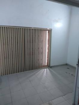 800 Square Meters Entire Floor Commercial Space ( Upstairs), Along Hebert Macaulay Way, Alagomeji, Yaba, Lagos, Office Space for Rent