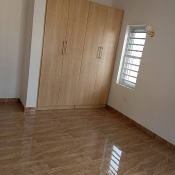 3 Bedrooms Flat with a Room Boys Quarter, Jahi, Abuja, Flat for Sale