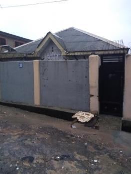 a Decent Mini Flat, Off Ilaje Road, Bariga, Shomolu, Lagos, Mini Flat for Rent