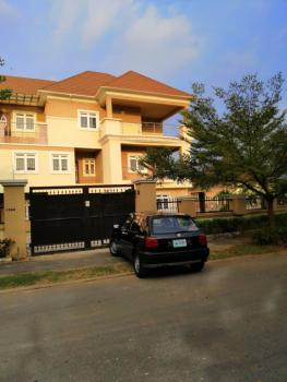 7 Bedrooms Detached House with 2 Rooms Bq, Etc on 1700sqm Plot, Maitama District, Abuja, Detached Duplex for Sale