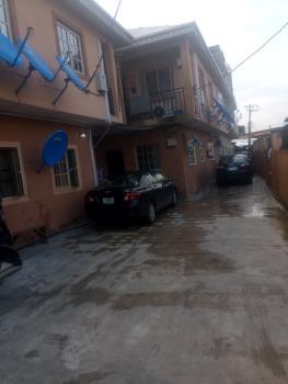a Fairly Used Serviced Mini Flat, Off Tejuoso Road, Tejuosho, Yaba, Lagos, Mini Flat for Rent