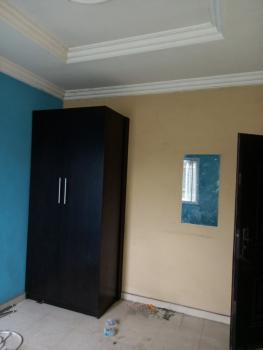 Just Now! Decent 2 Bedroom Flat All Rooms Ensuite + Guest Toilet, Pop., Adekunle, Yaba, Lagos, Flat for Rent