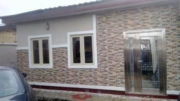 an Executive Lovely Ensuite 2 Bedrooms Bungalow, Off Western Avenue, Surulere, Lagos, Flat for Rent