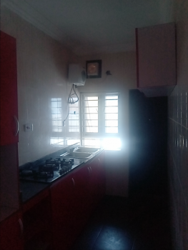 Neat 3bedroom Flat, Mobile Road, Ilaje, Ajah, Lagos, Flat for Rent