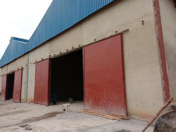 2 Bay Ware House, on Lagos / Ibadan Express Way., Obafemi Owode, Ogun, Warehouse for Rent