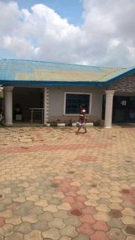 19 Rooms Hotel Functioning., Bcj Road Along Bapstist School Off Idi Ishin Nihort., Ibadan, Oyo, Hotel / Guest House for Sale