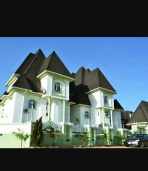 Fully Functional 20 Rooms Luxurious Hotel, Off Olusegun Obasanjo Way, Wuye, Abuja, Hotel / Guest House for Rent
