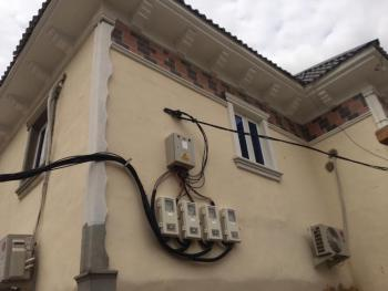 Newly Renovated 2 Bedroom En-suite Apartment, Akoka, Yaba, Lagos, Flat for Rent
