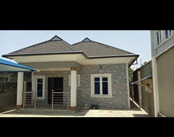 4 Bedrooms Bungalow, Close to Ikorodu Garage, Ikorodu, Lagos, House for Sale