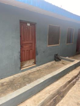 Decent 2 Bedroom Chalet, Adewumi Street Agbowo, Agbowo, Ibadan, Oyo, Detached Bungalow for Rent