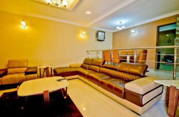 Luxury 4 Bedroom Apartment, Lekki Phase 1, Lekki, Lagos, Flat Short Let