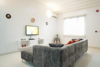 Clean and Stylish 2 Bedrooms Duplex with Pool, Off Admiralty Way, Lekki Phase 1, Lekki, Lagos, Detached Duplex Short Let