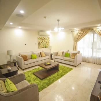 4 Bedrooms Apartment, Admiralty Way, Lekki Phase 1, Lekki, Lagos, Flat Short Let