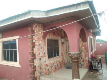 Very Neat, Cute 3 Bedroom Bungalow in a Good Location, Irepodun Estate, Bravo Area Off Akala Express/ Bembo Area, Apata, Ibadan, Oyo, Detached Bungalow for Sale