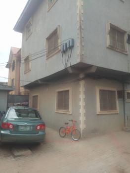 Spacious 2 Bedroom Flat., Lawrence Daniel Close, Isolo, Lagos, Flat for Rent