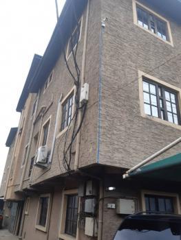 a Decent 3 Bedroom Flat, Palmgrove, Shomolu, Lagos, Flat / Apartment for Rent