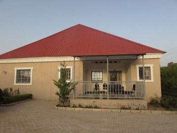 Sweet 3 Bedroom Bungalow with a Room Bq, Shinko Junction New Government House Road Rayfield Jos South, Rayfield, Jos South, Plateau, Detached Bungalow for Sale