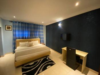 Luxury 2 Bedroom Apartment., Off Admiralty., Lekki Phase 1, Lekki, Lagos, Flat Short Let