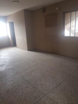 4 Bedroom Flat (upper Floor), Lawanson, Surulere, Lagos, Flat for Rent