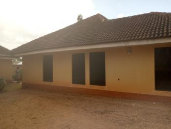 5 Bedroom Bungalow with a Room and Parlor Bq, Before Mees Palace, Resort Road, Rayfield, Jos South, Plateau, Detached Bungalow for Sale