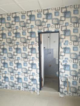 2 Rooms in a 3 Bedroom Flat, Lekki Phase 1, Lekki, Lagos, Self Contained (single Rooms) for Rent