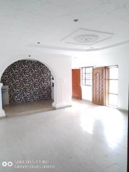 Very Spacious 3 Bedrooms Up Flat, Thomas Estate, Ajah, Lagos, Flat for Rent