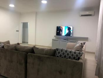 Nice Apartment, 3 Bedrooms Flat, Adeniyi Coker, Dideolu Estate, Oniru, Victoria Island (vi), Lagos, Flat Short Let