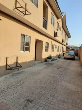 Well Maintaned 2 Bedroom Flat, Igbo Efon, Lekki, Lagos, Flat for Rent