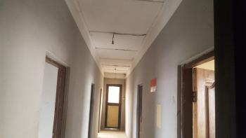 5 Bedroom  Flat Office Space in a Highly Commercial and Busy Area, Alagomeji, Yaba, Lagos, Office Space for Rent