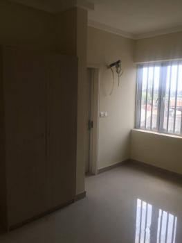 3 Bedroom Flat with a Room Bq Attached, Alagomeji, Yaba, Lagos, Flat for Sale