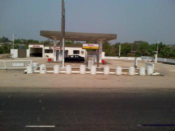 Filling Station: 4 Underground Tank Capacity 33000litre on 6 Plots ., Irewole, Osun, Filling Station for Sale