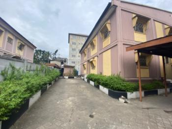 4 Bedroom Semi Detached with 2 Room Bq., Dany Estate, Adekunle, Yaba, Lagos, Semi-detached Bungalow for Rent