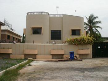 5 Bedroom Detached House with 3 Rooms Service Quarters, 4th Avenue, 400 Road, Festac, Amuwo Odofin, Lagos, Detached Duplex for Sale