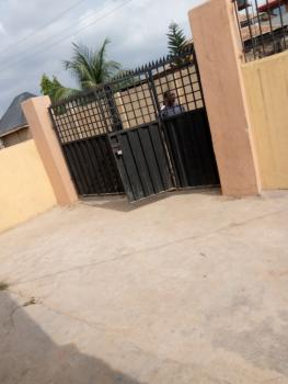 Neat 2 Bedroom Flat., Bankole Off Akala Express., Ibadan North-east, Oyo, Mini Flat for Rent