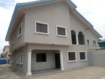 5 Bedroom with 2 Bqs, Lekki Phase 1, Lekki, Lagos, Semi-detached Duplex for Rent
