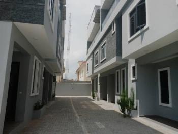 5 Bedroom Terrace with a Service Quarters, Lekki Phase 1, Lekki, Lagos, Terraced Duplex for Sale