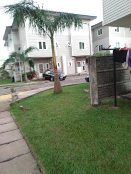 4 Bedroom Mashonette Duplex with Bq, Yabatec Quarters, Saint Agnes, Yaba, Lagos, Terraced Duplex for Rent