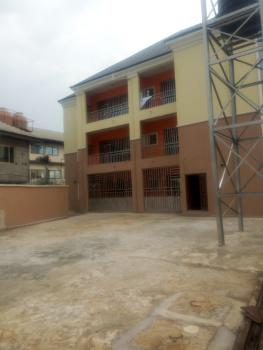 Standard  Executive 2 Bedroom Flat with Modern Facilities, Rumuomasi, Port Harcourt, Rivers, Flat for Rent