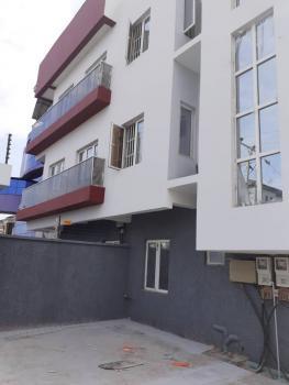 2 Bedrooms Flat, Upstairs, Atlantic View Estate, Alpha Beach Road, Igbo Efon, Lekki, Lagos, Flat for Rent