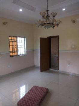 2 Bedrooms Flat. Downstairs, Marshy Hill Estate Akins, Oke Ira, Ajah, Lagos, Flat for Rent