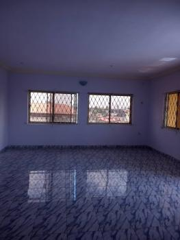 Luxury 3 Bedroom Flat. Upstairs, Anthony, Maryland, Lagos, Flat for Rent